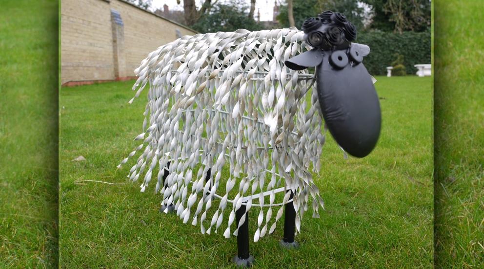 Mouton deco jardin maison fran ois fabie - Deco jardin mouton toulon ...