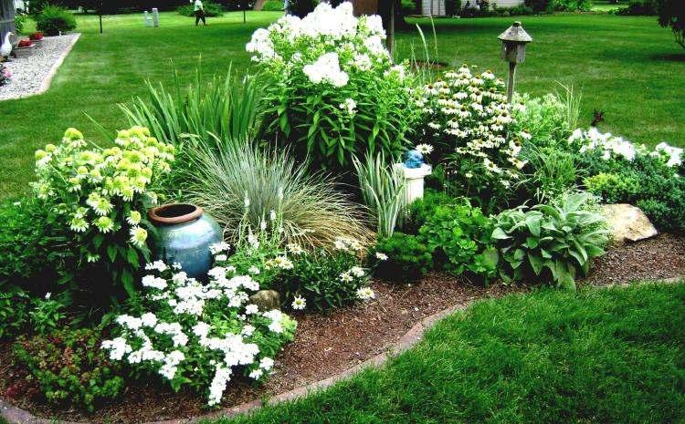 Deco parterre jardin maison fran ois fabie - Modele de parterre exterieur ...