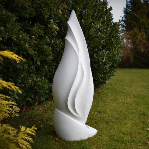 sculpture moderne d'exterieur