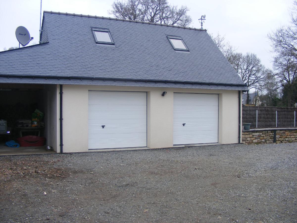 construction double garage maison fran ois fabie. Black Bedroom Furniture Sets. Home Design Ideas