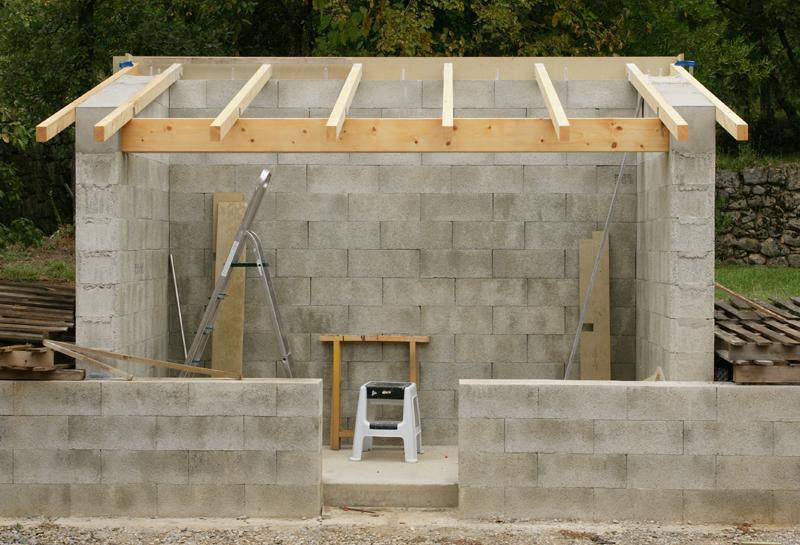 Garage parpaing une pente maison fran ois fabie for Combien coute la construction d un garage de 20m2