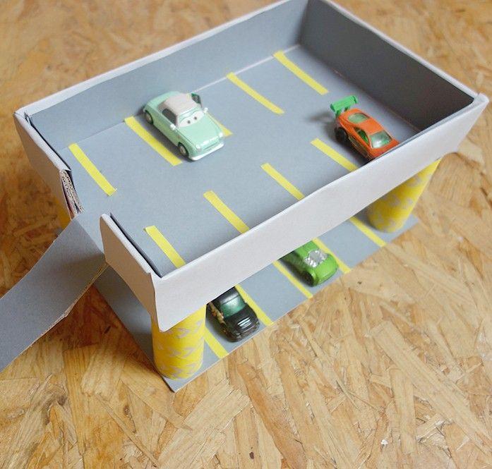 construire un garage en carton maison fran ois fabie. Black Bedroom Furniture Sets. Home Design Ideas